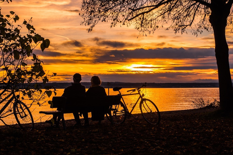 echtpaar op fietsvakantie