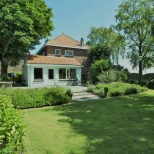 Hotel Beautiful Monumental Villa with Large Garden in Lisse