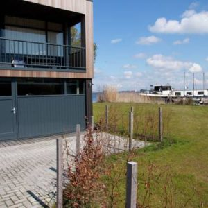 Apartment Aan de Friese Meren in Langweer