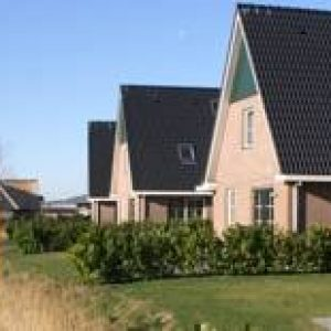 Beach Resort Makkum Bungalows in Makkum