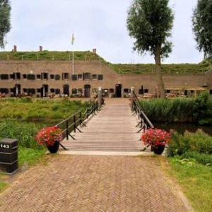 Bed & Breakfast Fort Bakkerskil in Nieuwendijk