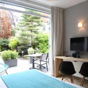 Alp de Veenen Hotel in Amstelveen